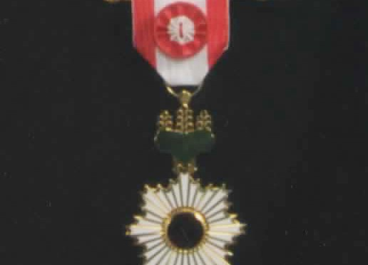 日本愛犬家協会の小山代表理事が春の叙勲において、旭日小綬章受章。平成13年秋の黄綬褒章に続き授与されました。